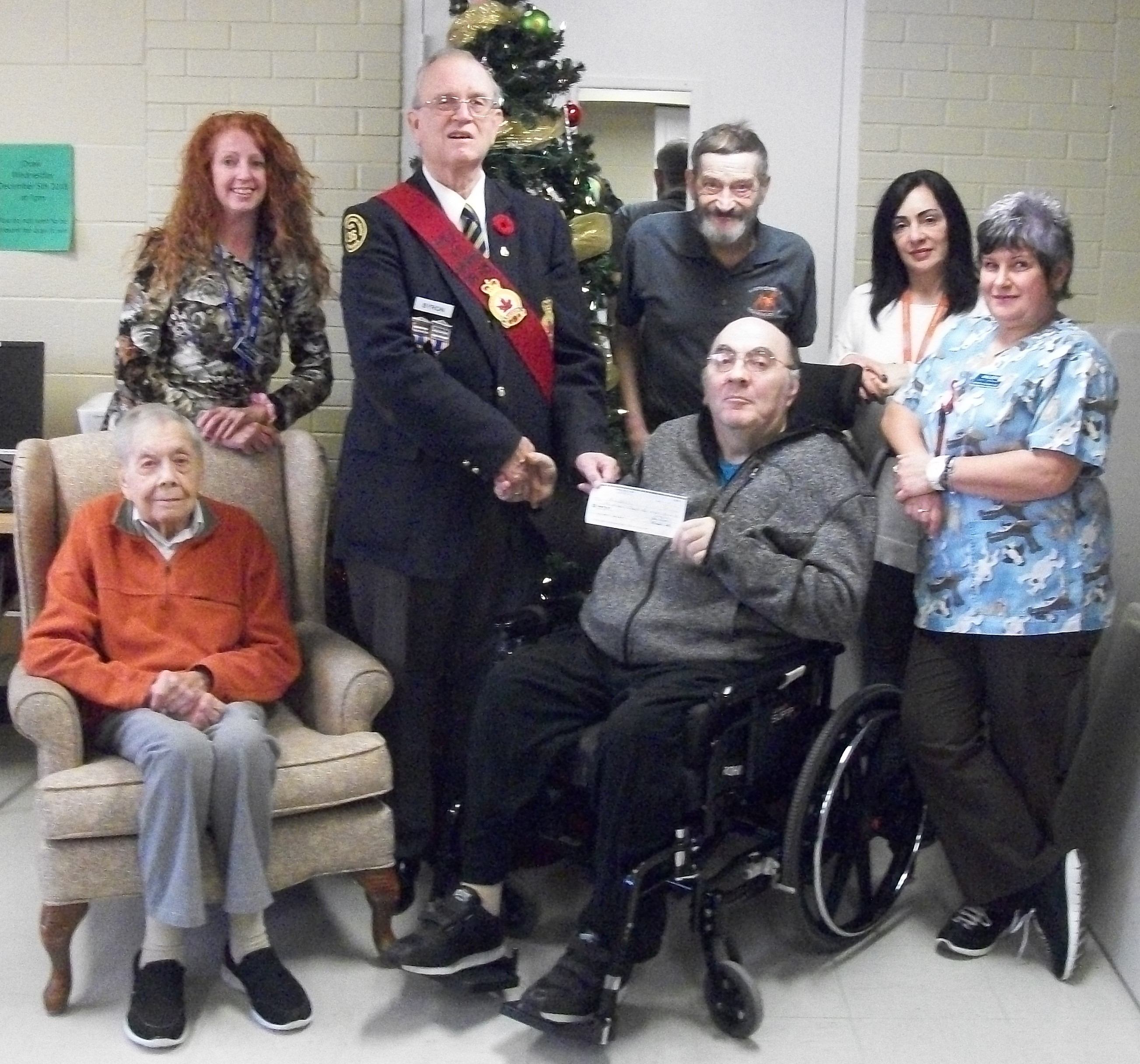 http://br36dundas.org/2018RemembranceChequepresentations/2018RemembranceChequepics/2018%20BLACKADAR%20RETIREMENT.jpg